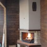 Топка Supra мод. Cristal (Франция). Облицовка  тип «Neuchatel» с деревянными дубовыми балками. Частный дом пос. Обухово